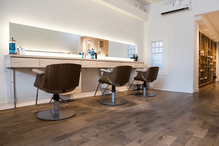 Salon chairs wood with mirrors